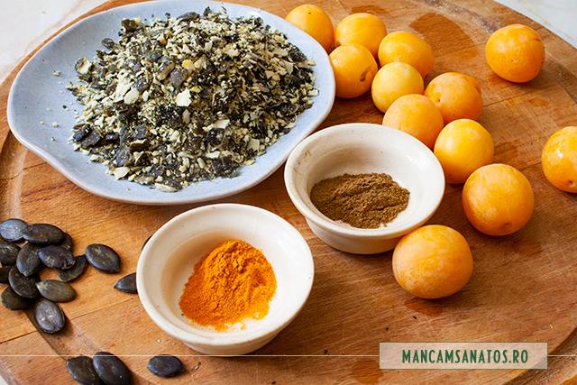 ingrediente pentru buseuri raw vegane cu seminte de dovleac si corcoduse